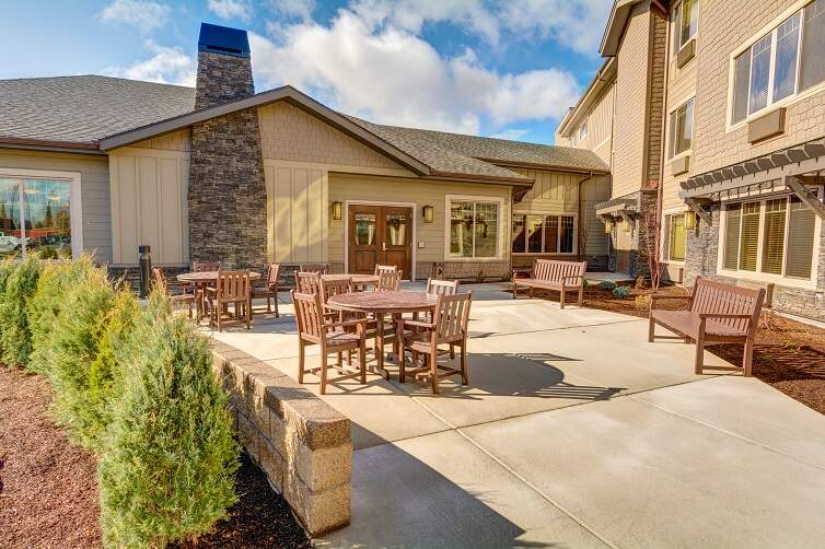 Mt-Bachelor-Assisted-Living-Memory-Care-Or-Bend